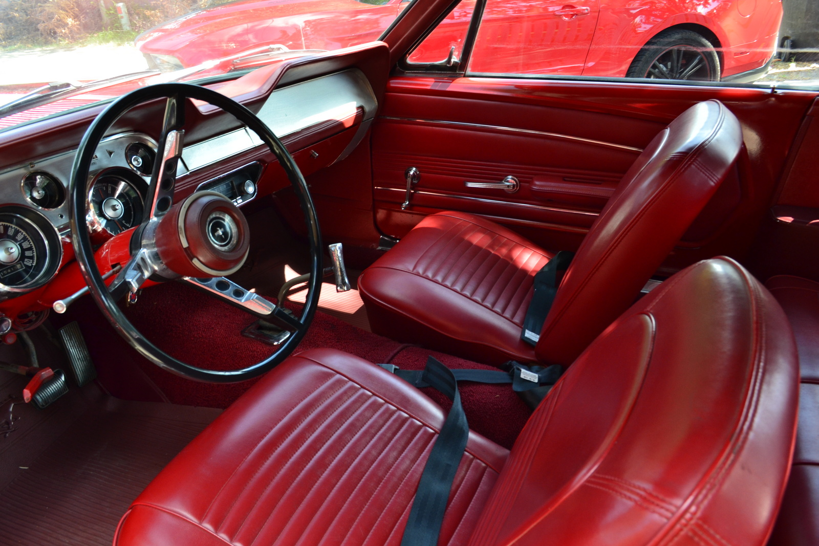 1967 ford mustang interior pictures cargurus for 2005 ford mustang convertible interior