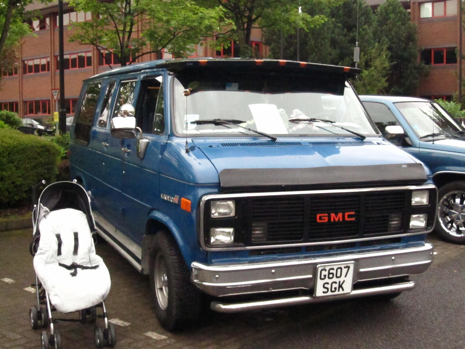 Chevrolet chevy van questions where can i get all new for Where can i get my window motor fixed