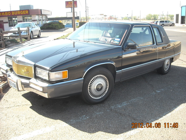 Picture of 1989 Cadillac Fleetwood