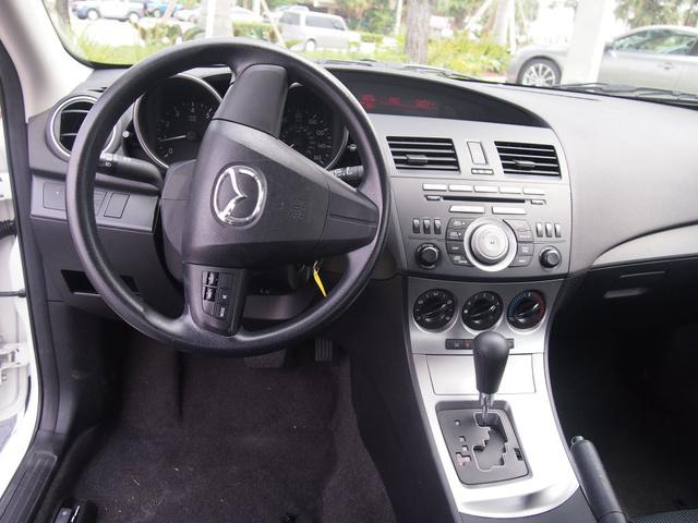 Picture of 2011 Mazda MAZDA3 s Sport, interior, gallery_worthy