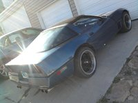 1985 Chevrolet Corvette Coupe, Looks fast just sitting there! , exterior