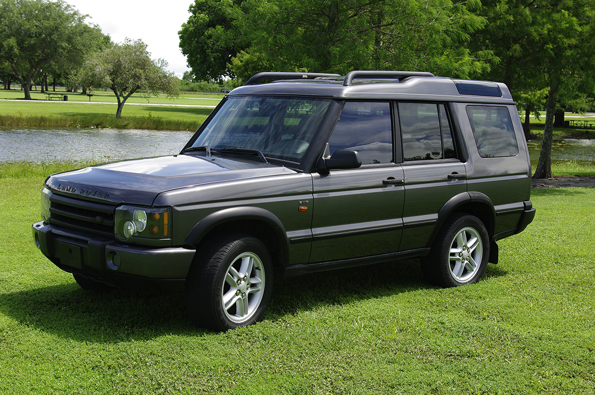 photos of land rover discovery photo galleries on flipacars. Black Bedroom Furniture Sets. Home Design Ideas