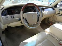 Picture of 2005 Lincoln Navigator Luxury RWD, interior, gallery_worthy