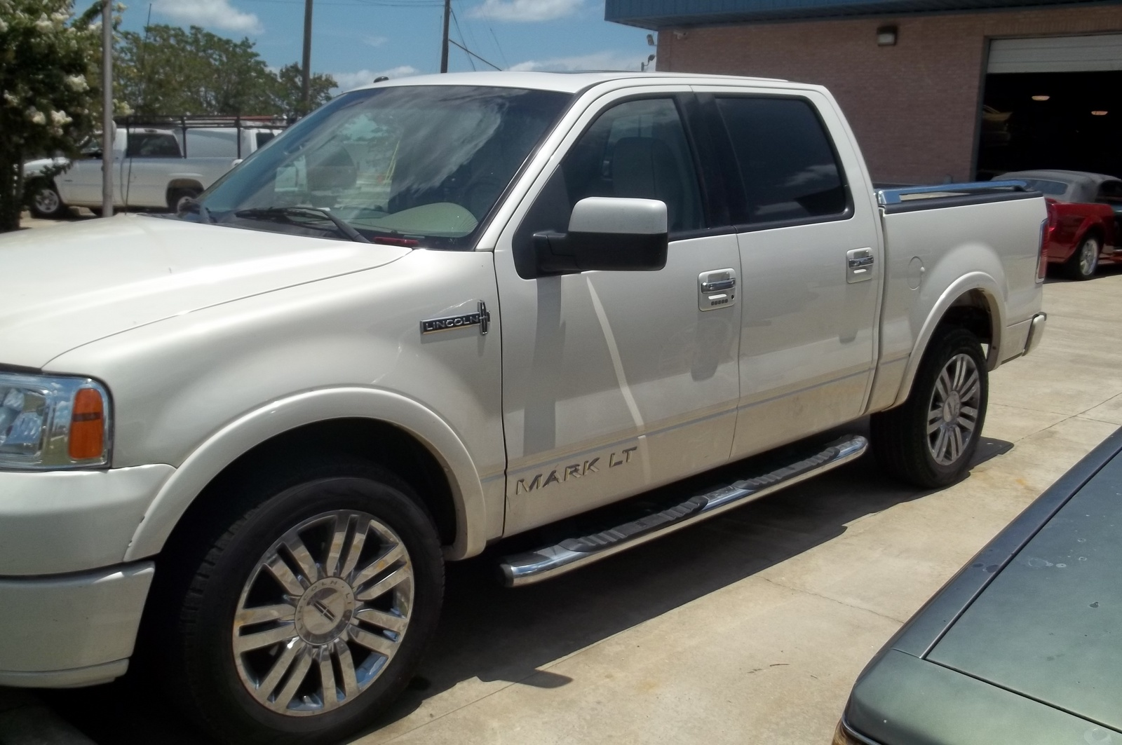 Picture of 2007 Lincoln Mark LT Extended, exterior