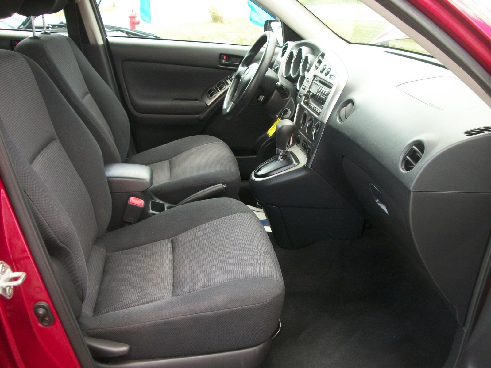2010 Pontiac Vibe Interior Pictures Cargurus