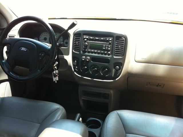 Picture of 2001 Ford Escape XLT FWD, interior, gallery_worthy