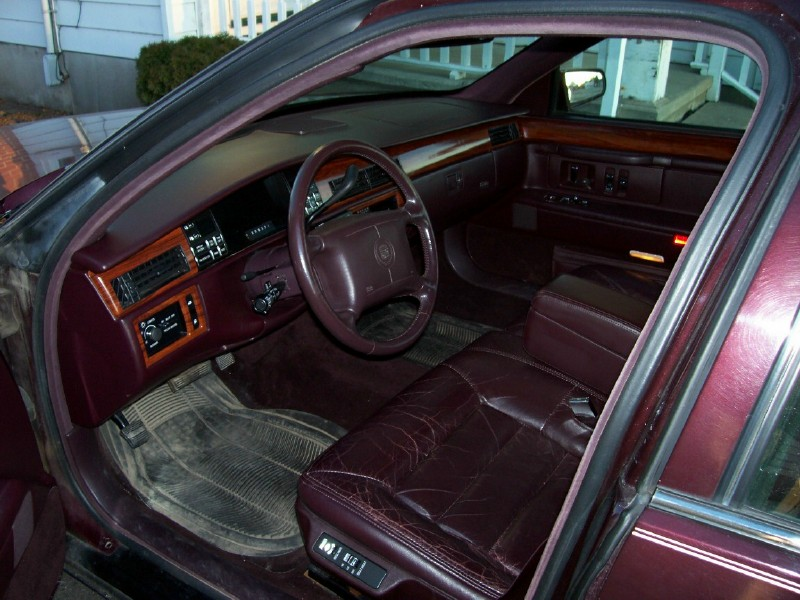 Cadillac Deville Dr Std Sedan Pic