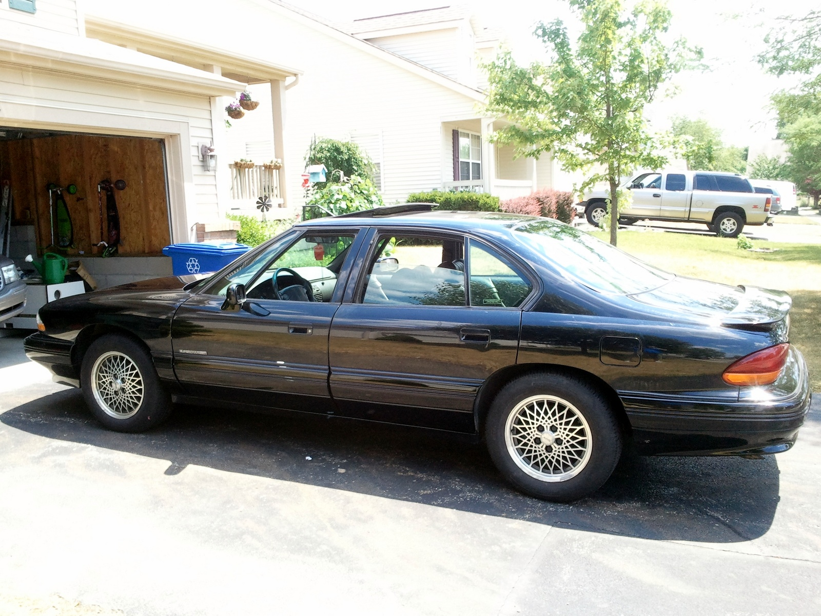 1995 pontiac bonneville se related infomation. Black Bedroom Furniture Sets. Home Design Ideas