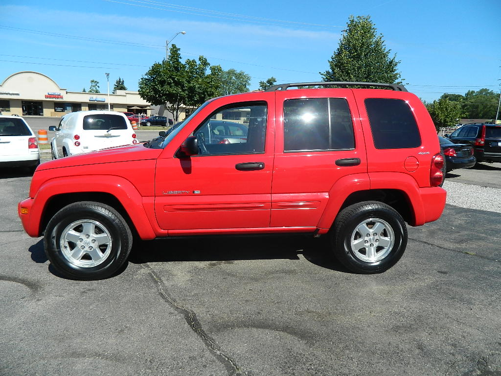used 2002 jeep liberty features specs edmunds. Black Bedroom Furniture Sets. Home Design Ideas