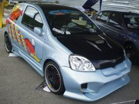 2002 Toyota Yaris Picture Gallery