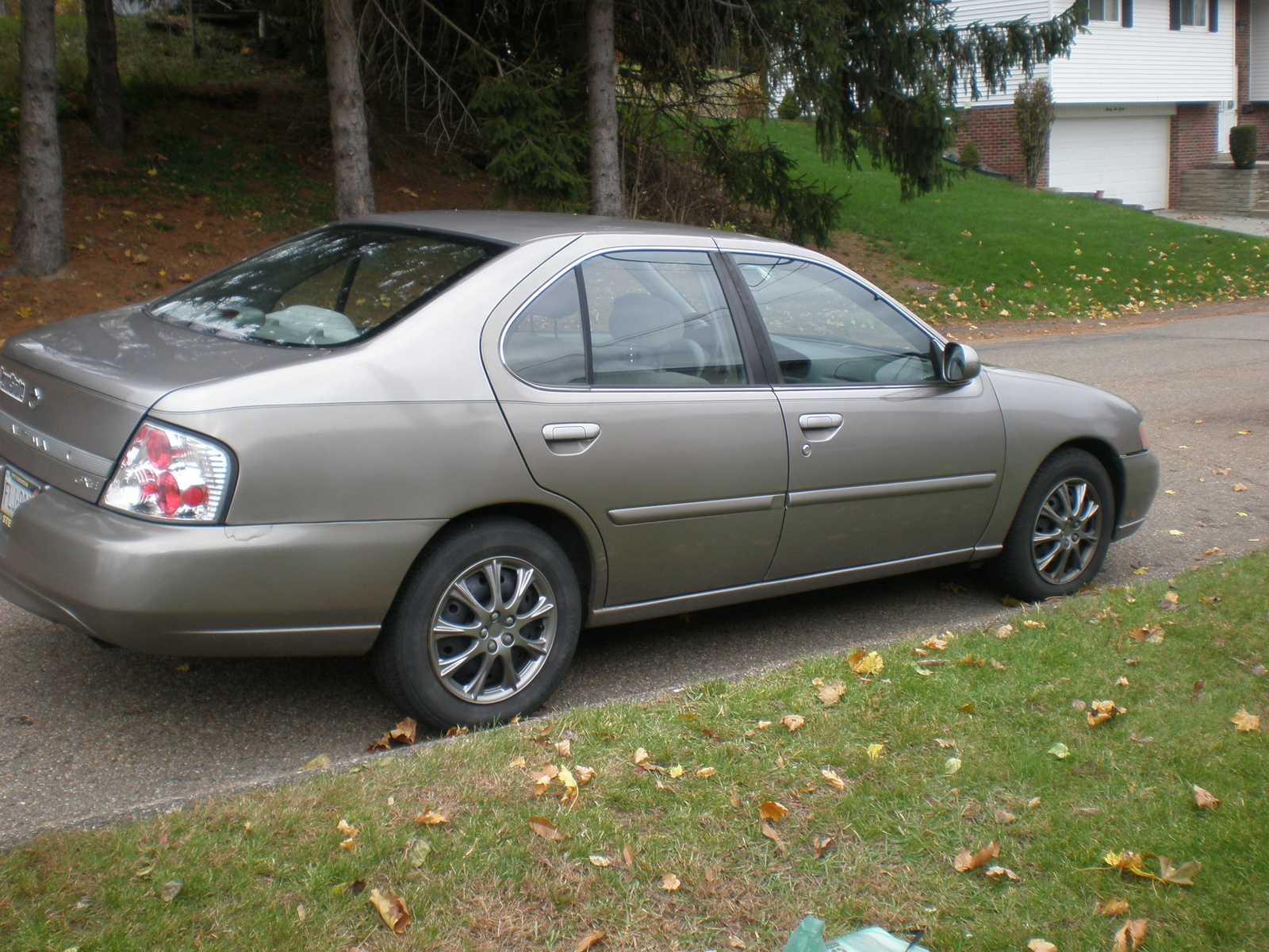 2000 Nissan altima gxe specifications