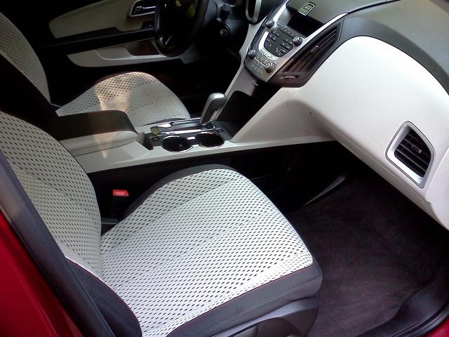 2010 Chevrolet Equinox - Interior Pictures - CarGurus
