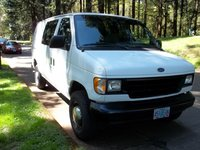 1996 Ford E-350 Overview