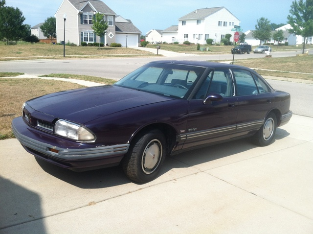 Picture of 1992 Oldsmobile Eighty-Eight Royale 4 Dr LS Sedan