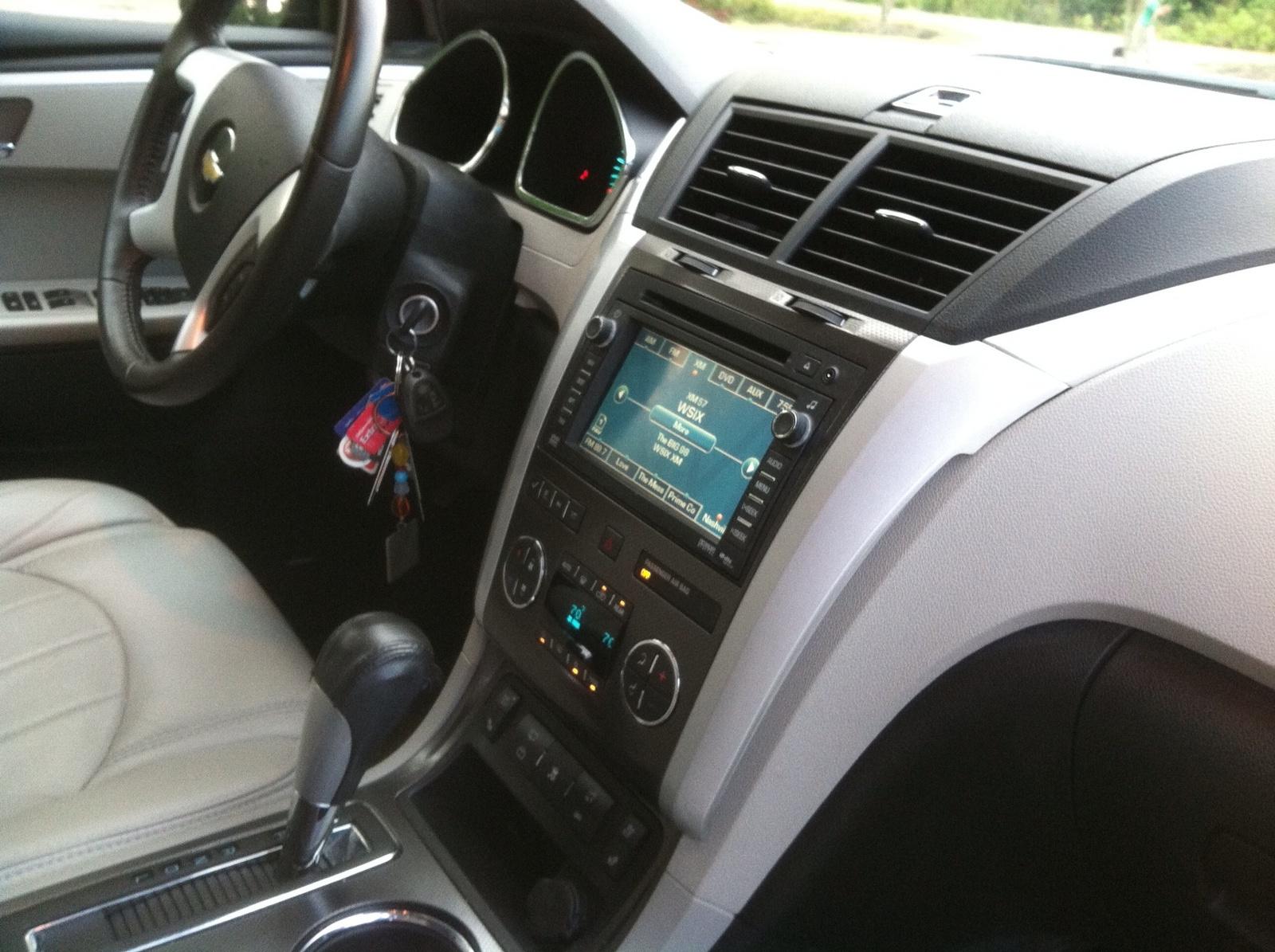 Picture Of 2009 Chevrolet Traverse Ltz Interior