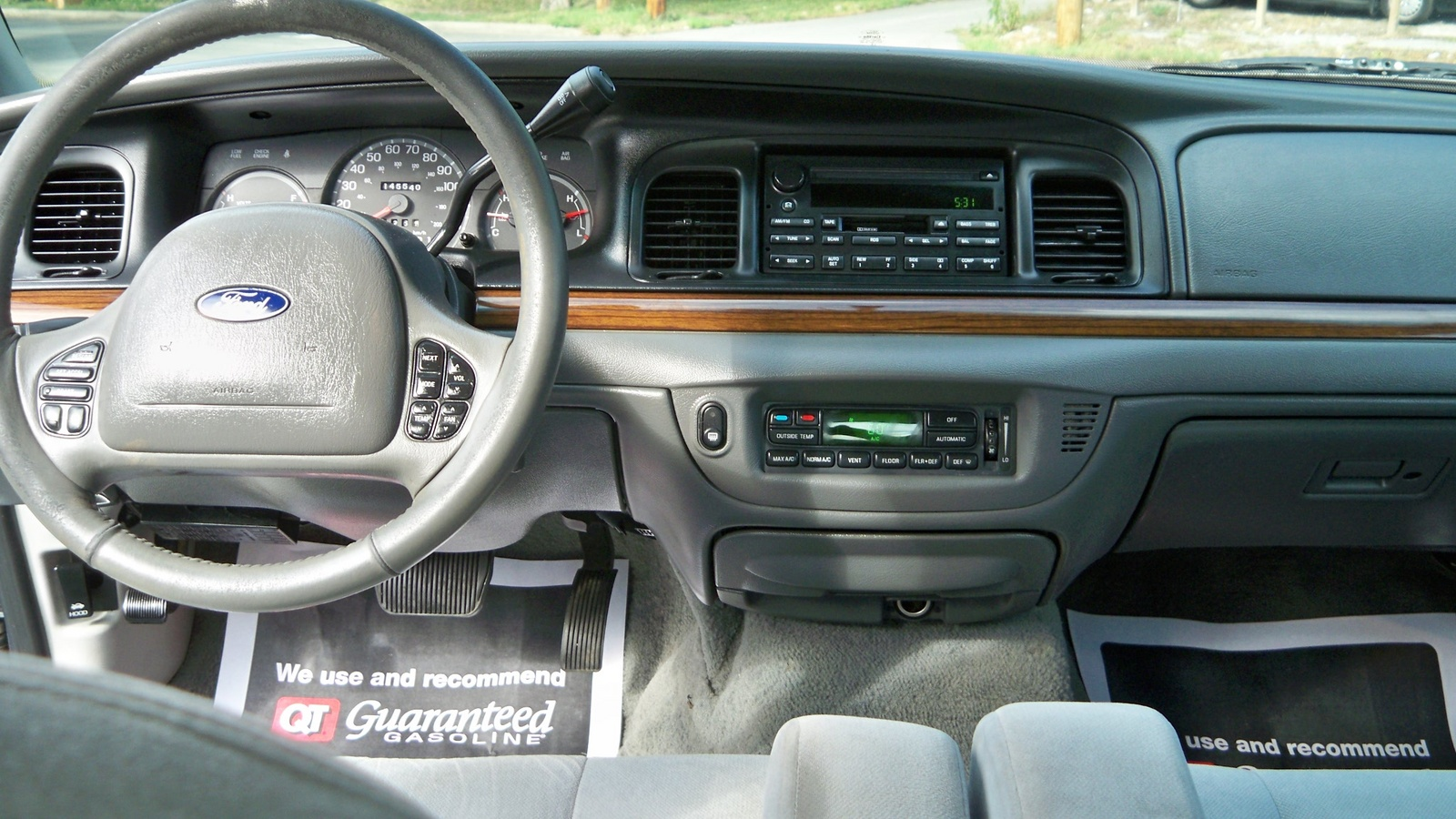 2003 Ford Crown Victoria Interior Pictures Cargurus