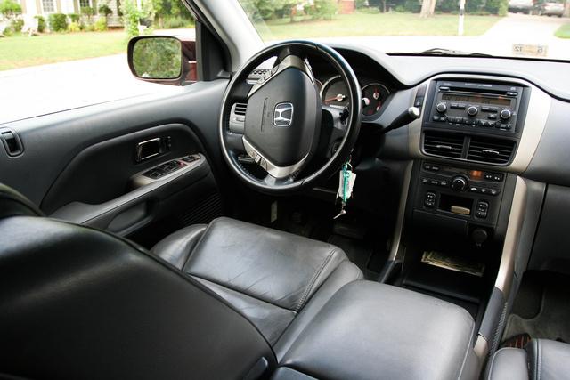 Picture of 2007 Honda Pilot 4 Dr EX 4X4, interior, gallery_worthy