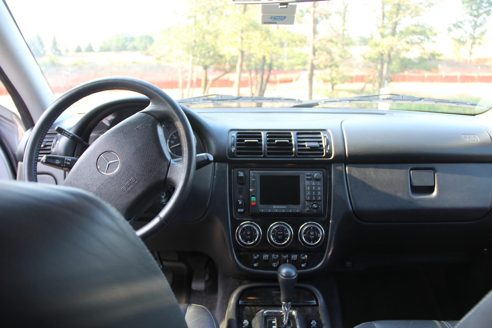 picture of 2003 mercedes benz m class 4 dr ml350 awd suv interior 24833. Black Bedroom Furniture Sets. Home Design Ideas