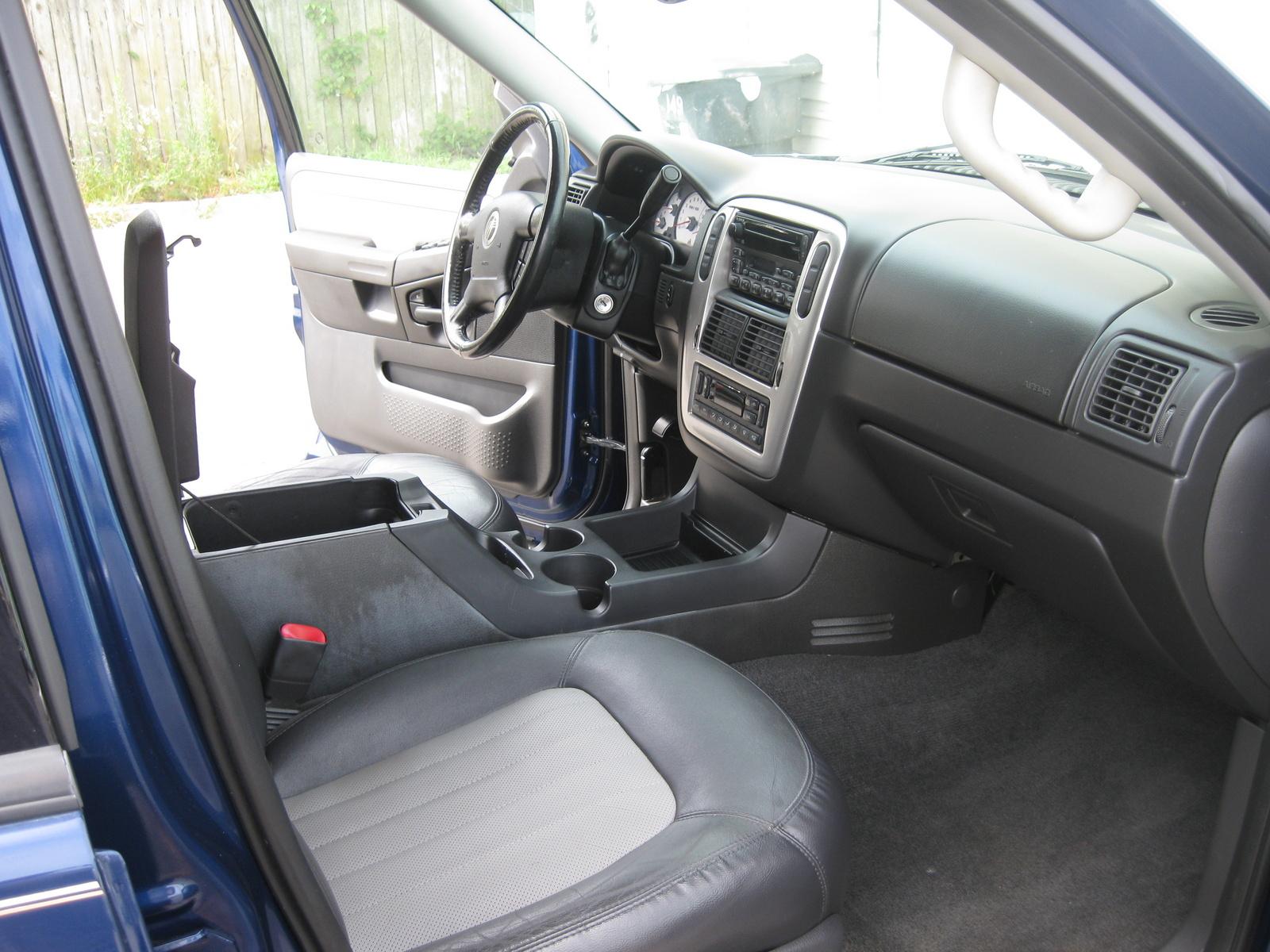 2004 Mercury Mountaineer Interior Pictures Cargurus
