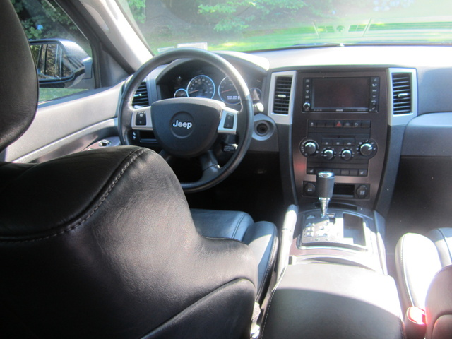 2010 Jeep Grand Cherokee Interior Pictures Cargurus