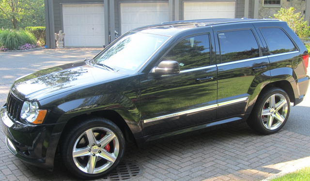 Picture of 2010 Jeep Grand Cherokee SRT8, exterior, gallery_worthy
