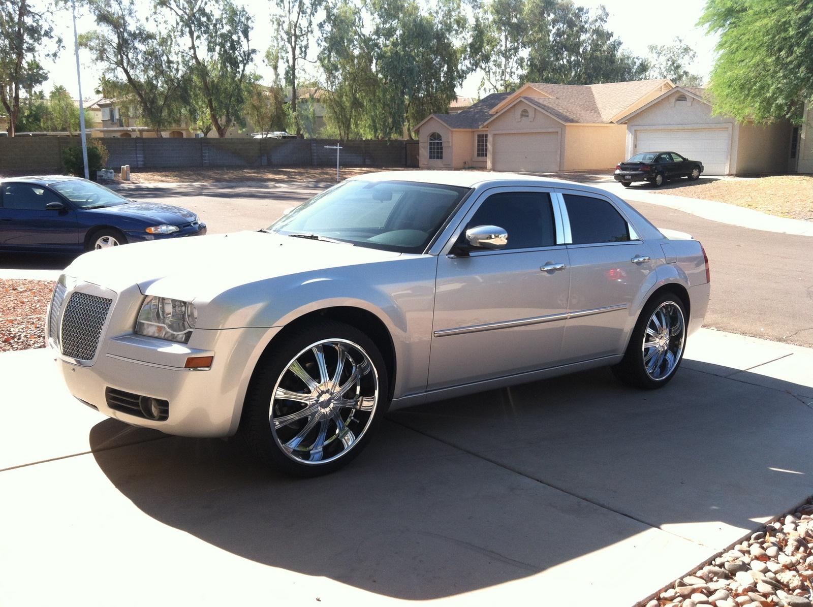 2010 Chrysler 300 Exterior Pictures Cargurus