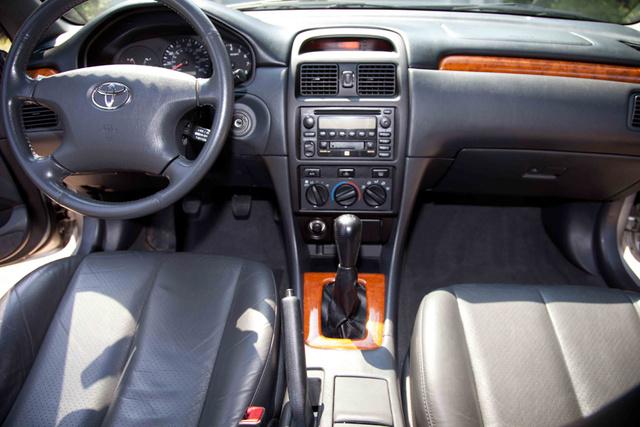 Toyota Camry Solara Se V Coupe Pic X