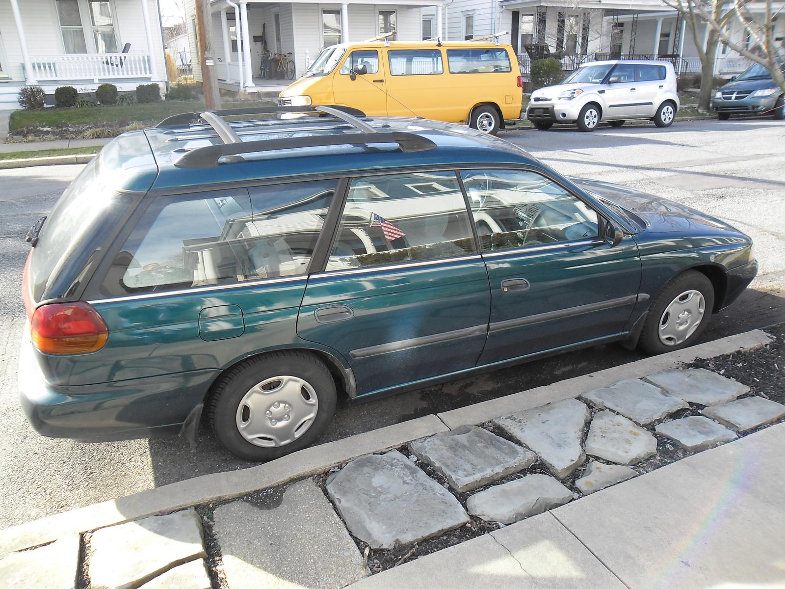 Subaru Legacy Outback 1999 4