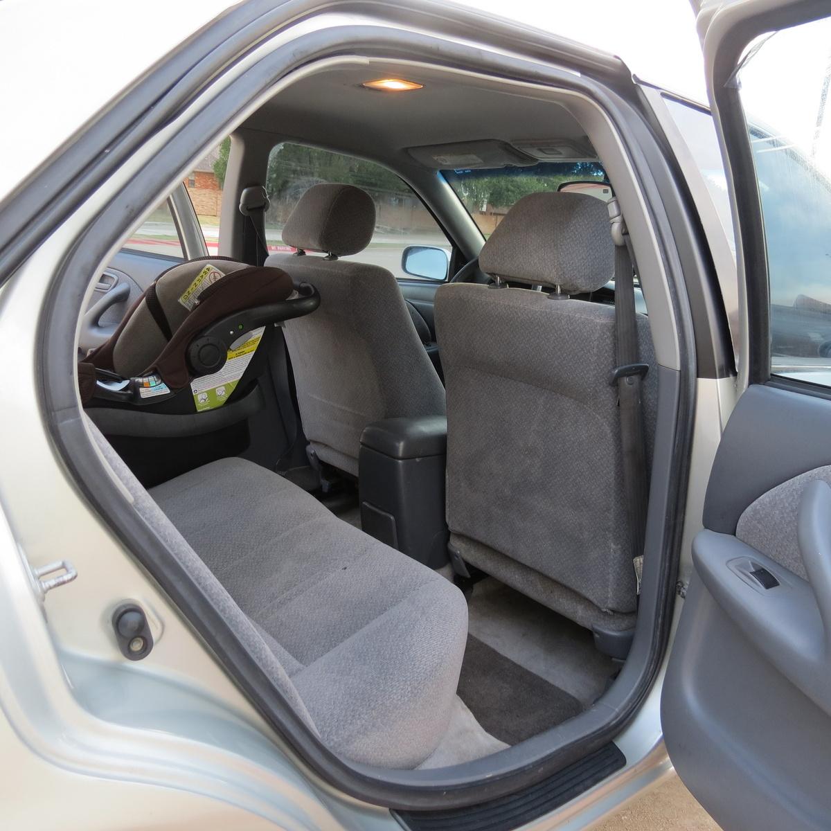 Cargurus Toyota Camry: Interior Pictures
