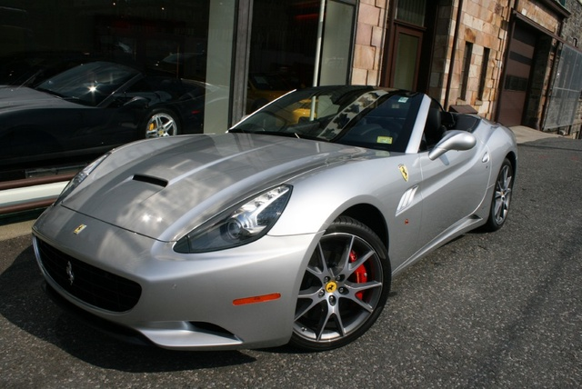 Picture of 2012 Ferrari California