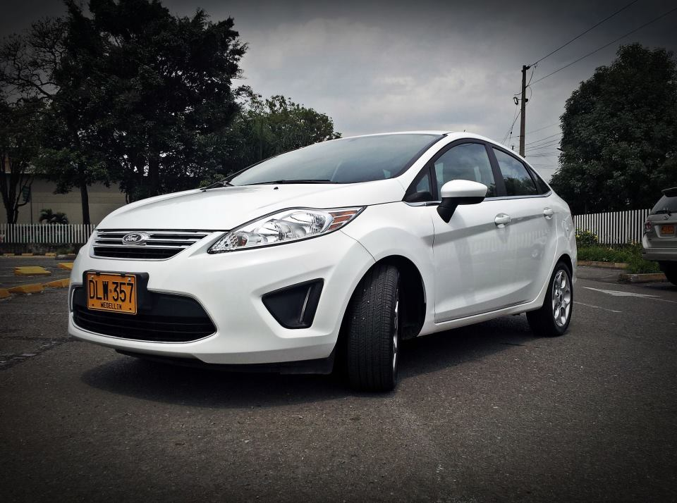 Picture of 2012 Ford Fiesta SE, exterior