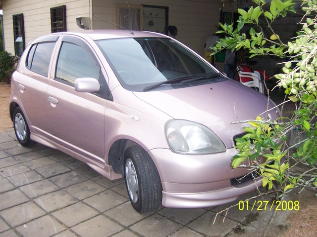 Picture of 2000 Toyota Vitz