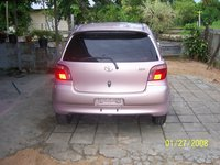 Picture of 2000 Toyota Vitz, exterior