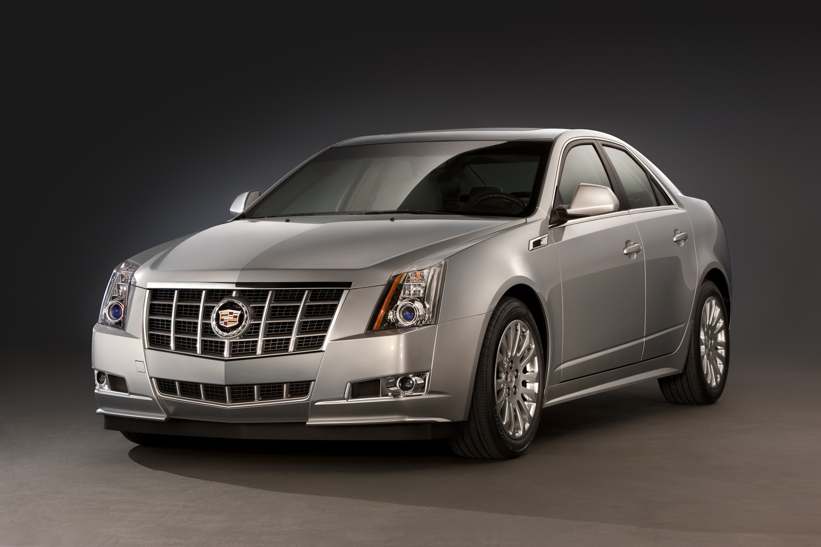 2013 Cadillac CTS, Front-quarter view. Copyright General Motors, exterior, manufacturer