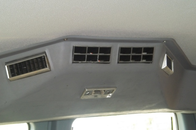 Picture of 1990 GMC Suburban R2500, interior
