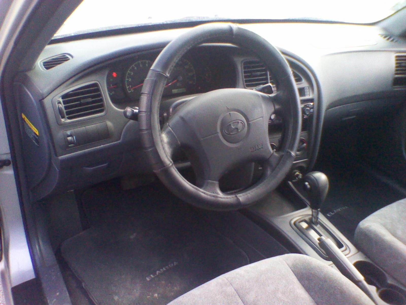 2002 Hyundai Elantra Interior Pictures Cargurus