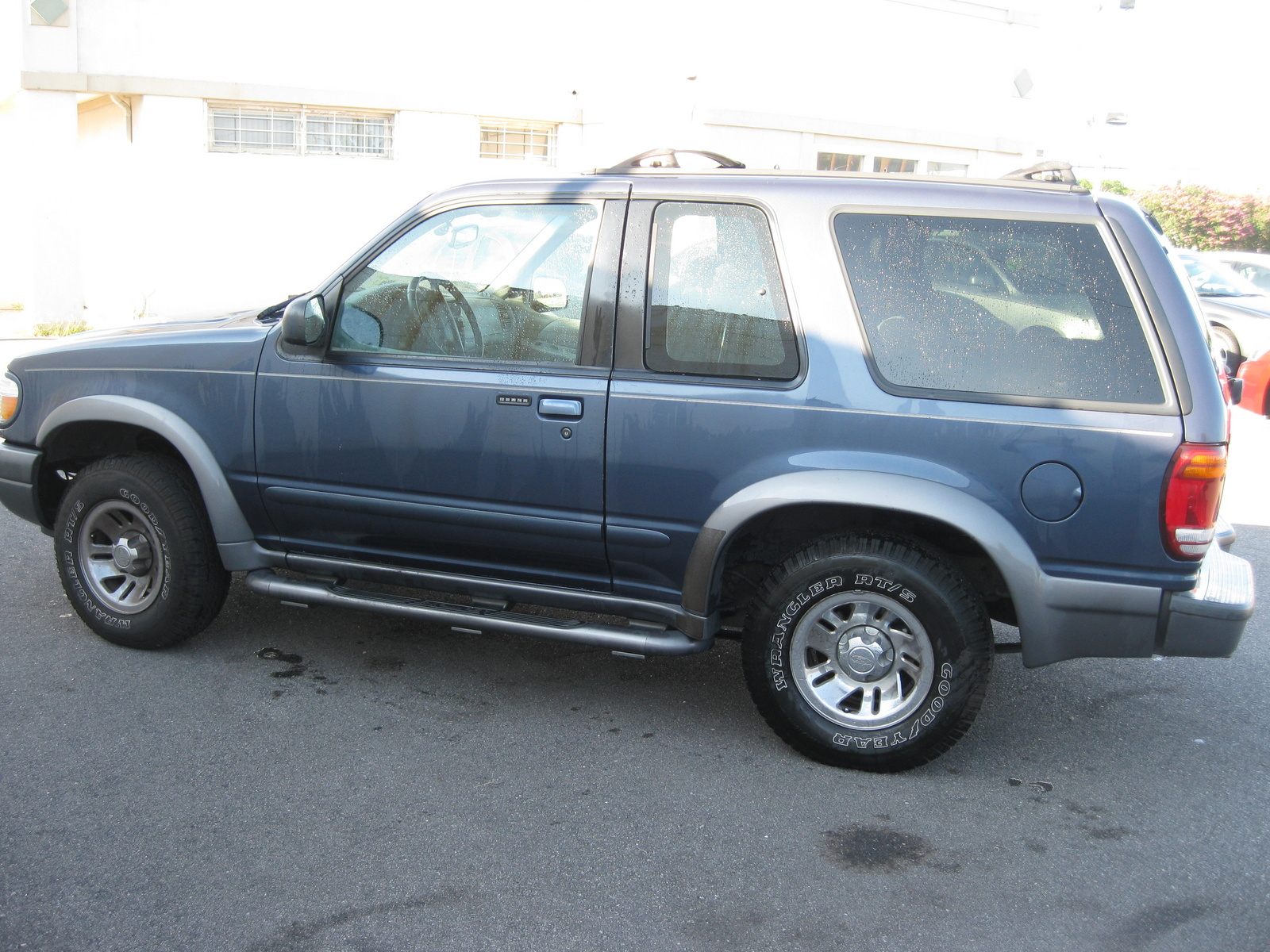 picture of 2000 ford explorer 2 dr sport exterior. Cars Review. Best American Auto & Cars Review