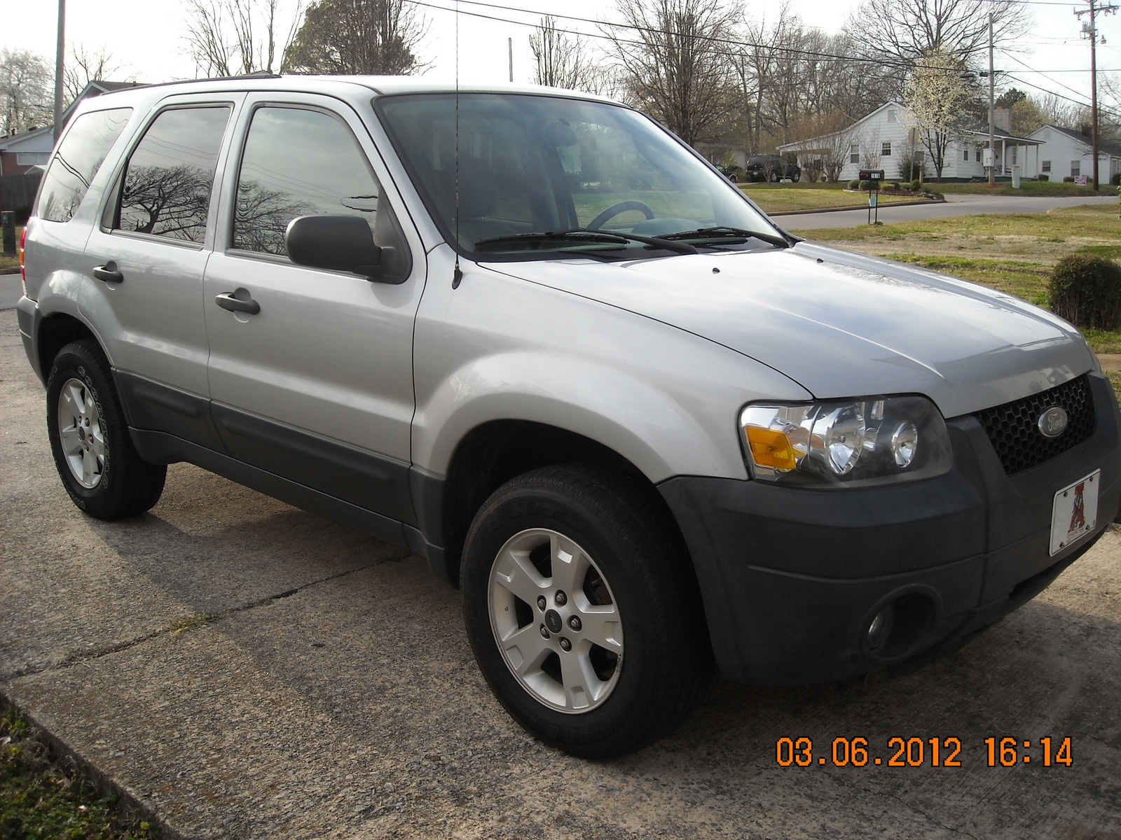 2005 ford escape pictures cargurus. Cars Review. Best American Auto & Cars Review