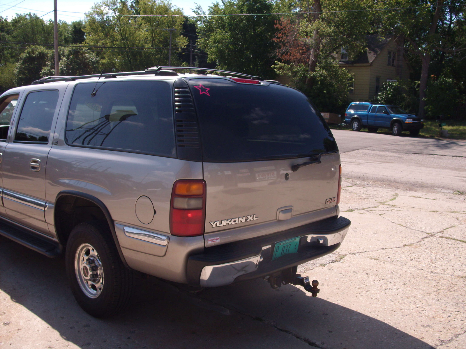 Picture of 2001 gmc yukon xl 4 dr 2500 slt 4wd suv exterior