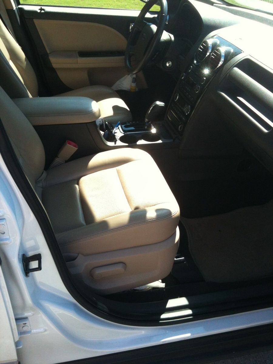 2008 Ford Taurus X - Interior Pictures - Picture of 2008 Ford Taurus X ...