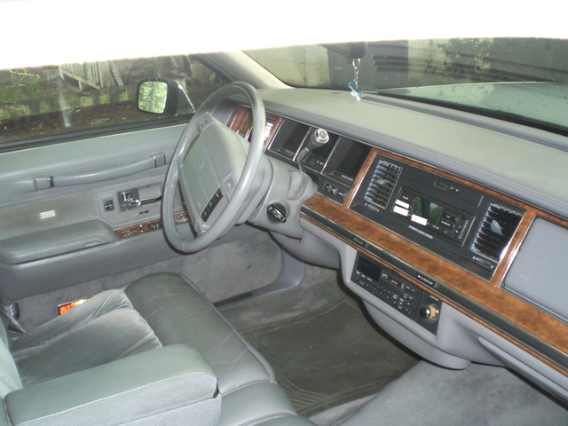 1994 lincoln town car interior pictures cargurus. Black Bedroom Furniture Sets. Home Design Ideas