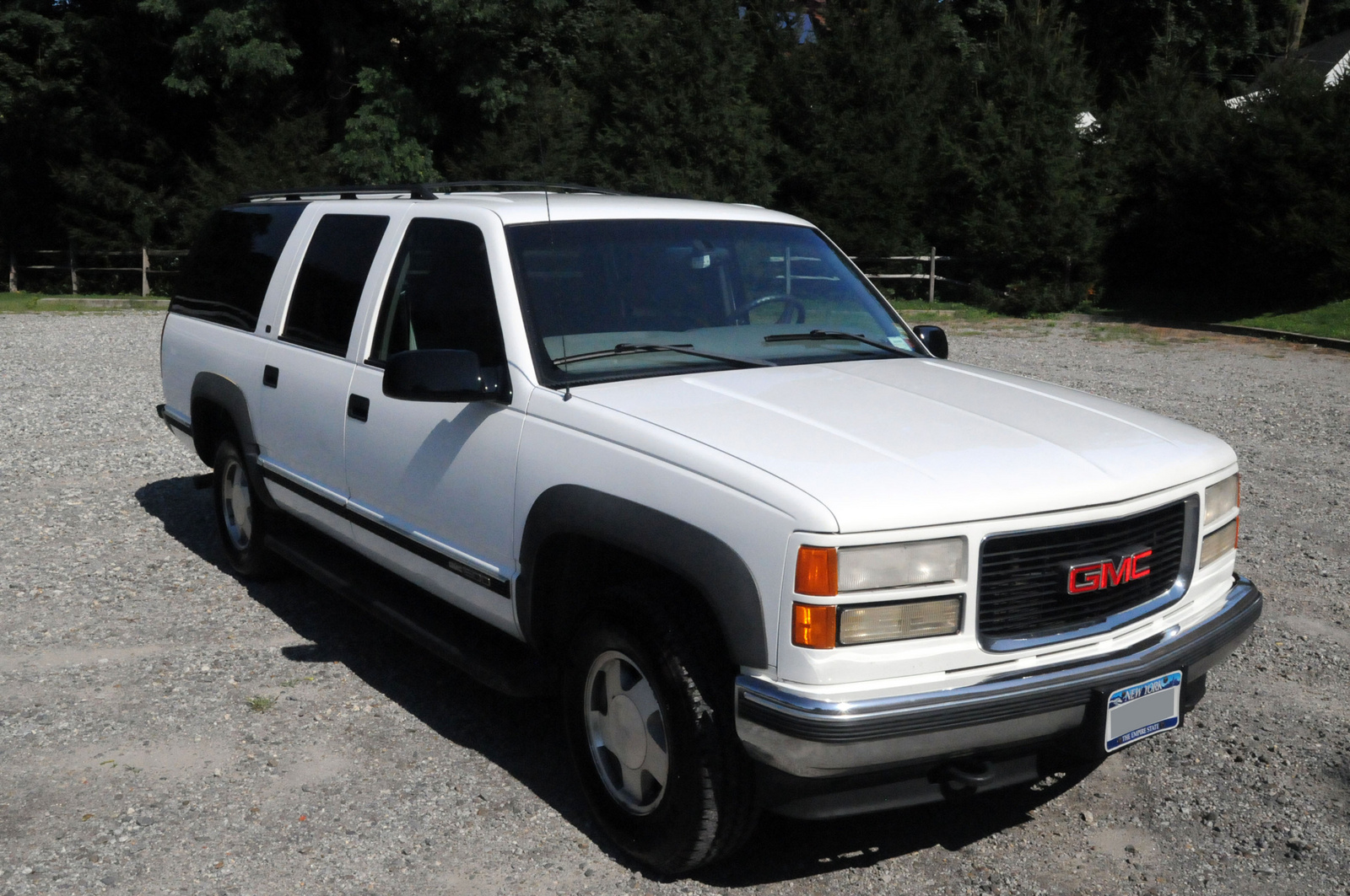 1990 GMC Suburban Overview C2081 on 1990 chevrolet r1500