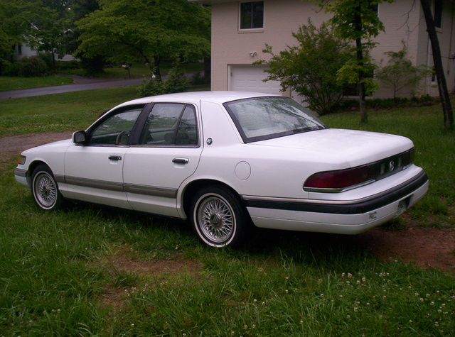 Picture of 1992 Mercury Grand Marquis 4 Dr GS Sedan