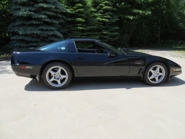 1992 Chevrolet Corvette ZR1, Picture of 1992 Chevrolet Corvette 2 Dr ZR1 Hatchback, exterior