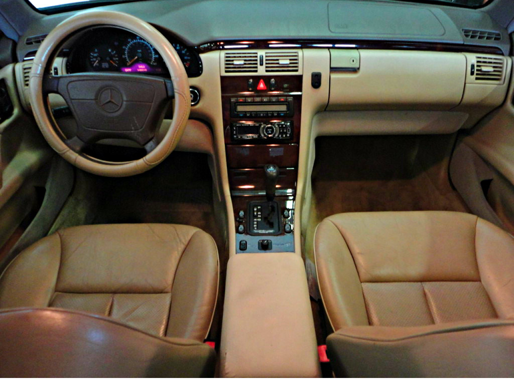 1997 mercedes benz e class interior pictures cargurus. Black Bedroom Furniture Sets. Home Design Ideas