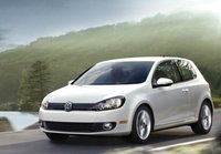 2013 Volkswagen Golf Picture Gallery