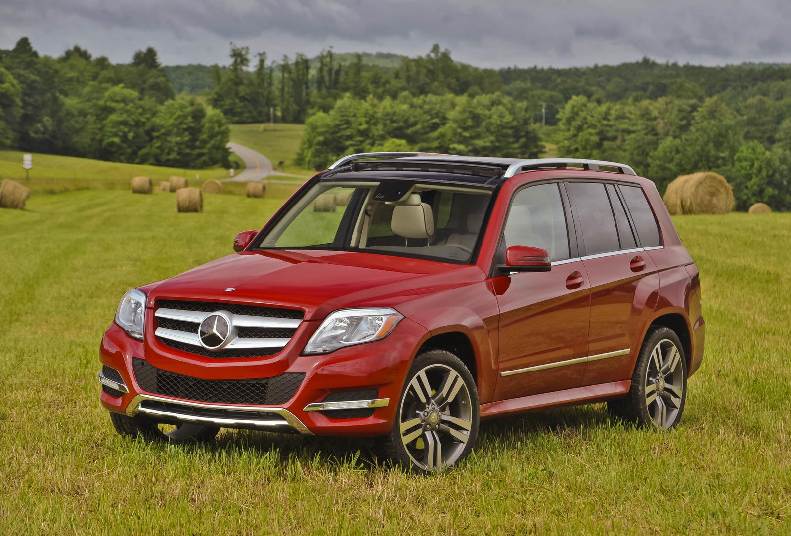 2013 Mercedes-Benz GLK-Class, Front-quarter view, manufacturer, exterior