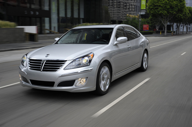 2013 Hyundai Equus, Front-quarter view, exterior, manufacturer