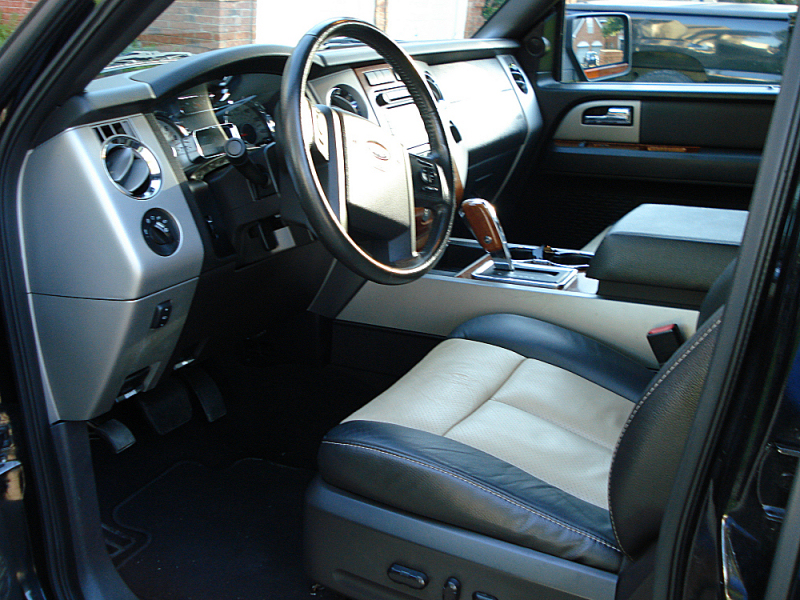 Ford Expedition Eddie Bauer X Pic
