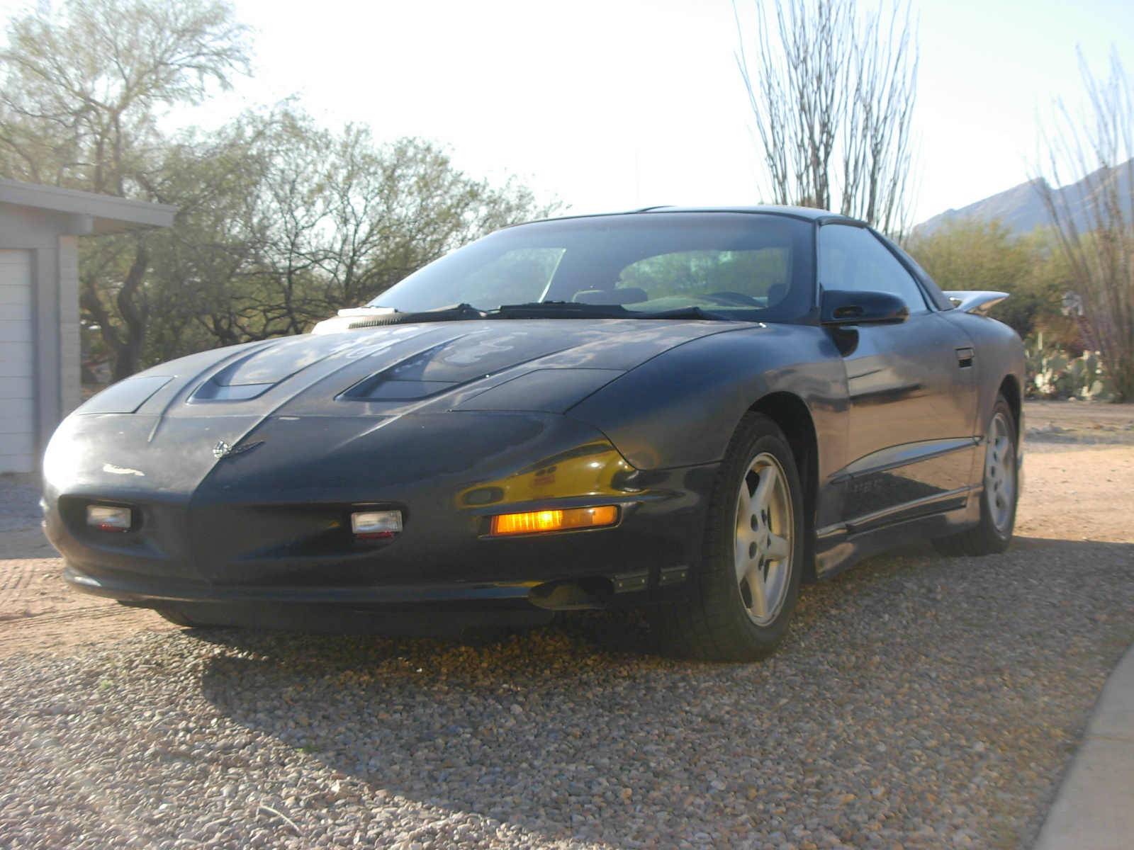 Pontiac Firebird Questions 1997 Electric Windows Wiring For 2002 Monsoon Stereo System And Radio Go Out When Bump Occurs